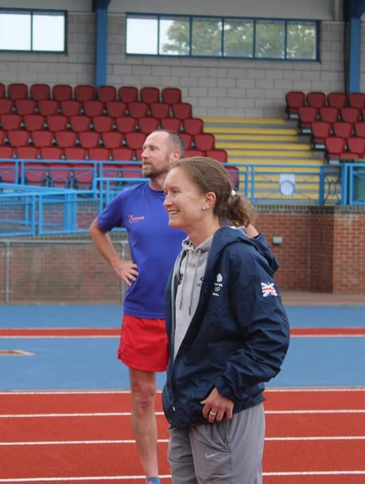 Aly DIXON puts Members through their paces (3)